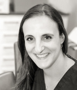 Jola Tsiopa - Specialisttandläkare Ortodonti (tandreglering)