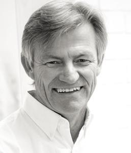 Hans Nilson - Specialisttandläkare Protetik (kronor och broar) Smile Stockholm SDIC